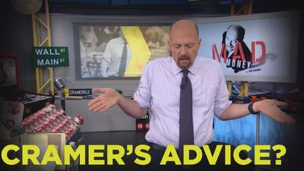 Cramer Remix: Pessimism is weighing on this stock