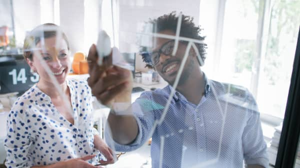 Suzy Welch: 3 surest ways to impress your boss