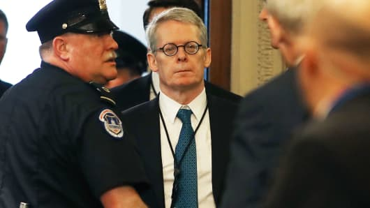 White House lawyer Emmet Flood (C) arrives to attend a briefing with members of the so-called 'Gang of Eight' at the U.S. Capitol May 24, 2018 in Washington, DC.