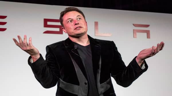 Watch ow Tesla and Elon Musk's dramatic August played out on CNBC
