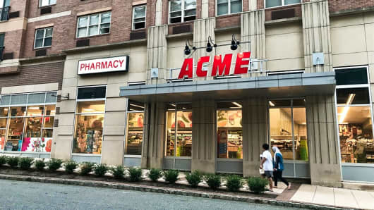 What groceries $32 buys at Acme, Aldi, Trader Joe's and