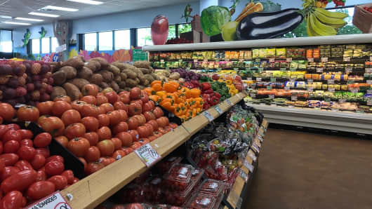 What groceries $32 buys at Acme, Aldi, Trader Joe's and Whole Foods