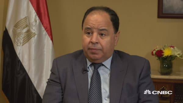 Egypt's economy improving at satisfactory level, finance minister says