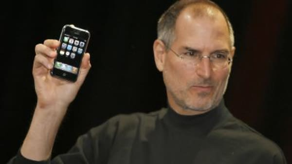 CNBC puts the first-generation iPhone to the test
