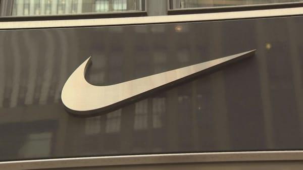Nike Shares Fall Amid Backlash Over Colin Kaepernick Ads
