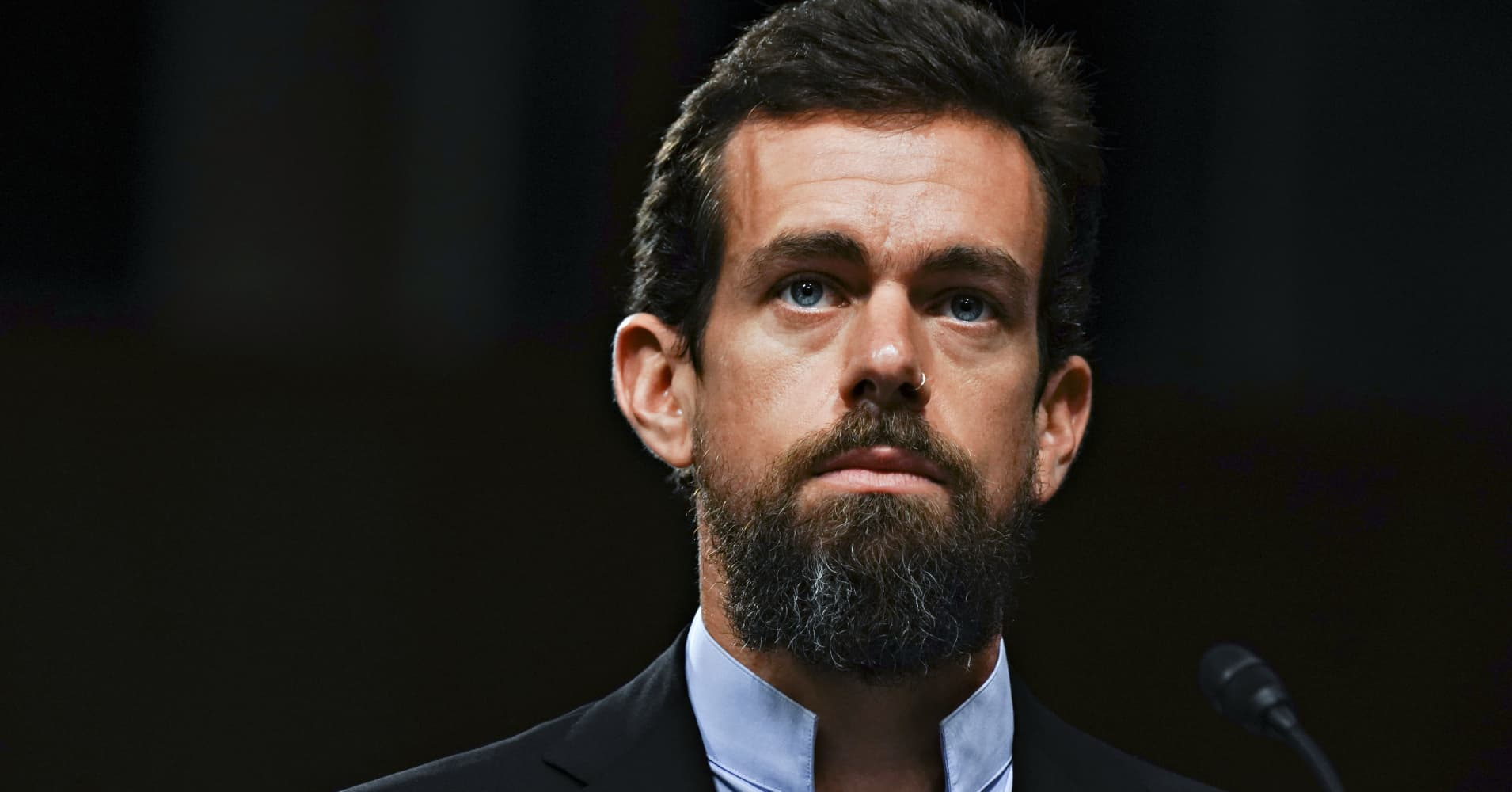 Square falls after reporting slower growth and weak Q1 earnings guidance
