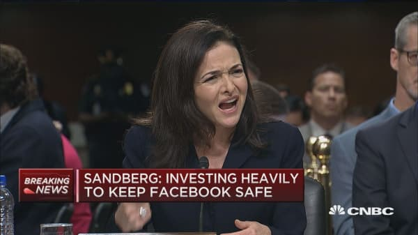Sandberg: We shouldn't be arbitrators for what is true or false, we defer to third party fact checkers