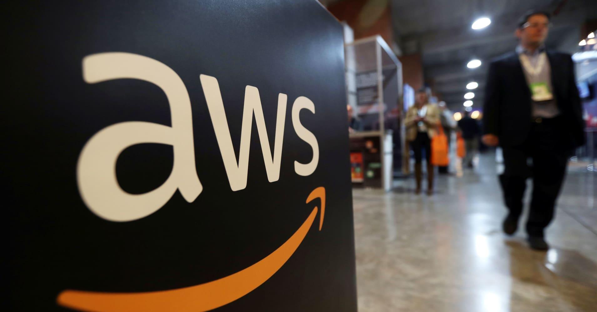 Amazon should split into two companies to avoid antitrust scrutiny from Trump administration: Citi