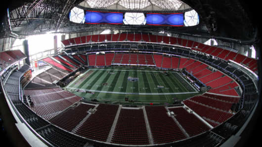 A wide angle view of Mercedes-Benz stadium in Atlanta, GA.