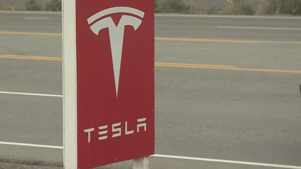 Short seller Andrew Left sues Tesla, Elon Musk, claiming stock manipulation