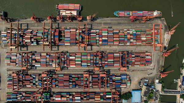 Tariffs threaten Apple's China success