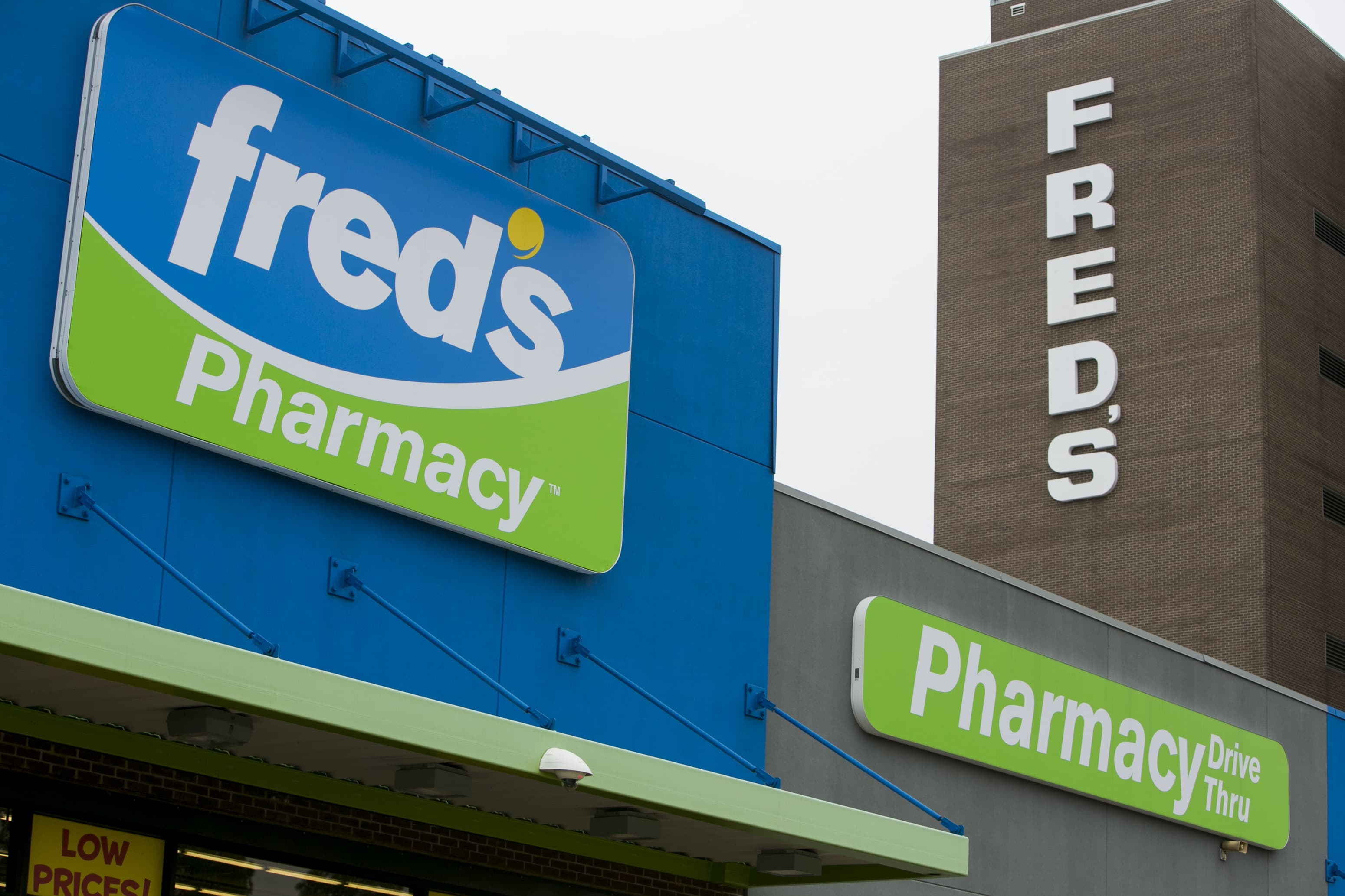 Freds Shares Surge On Deal To Sell Some Pharmacy Files To Walgreens