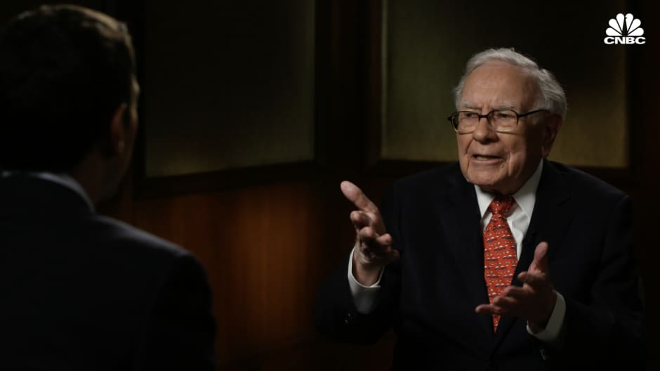 Watch Warren Buffetts In Depth Interview With Andrew Sorkin On The 2008 Financial Crisis