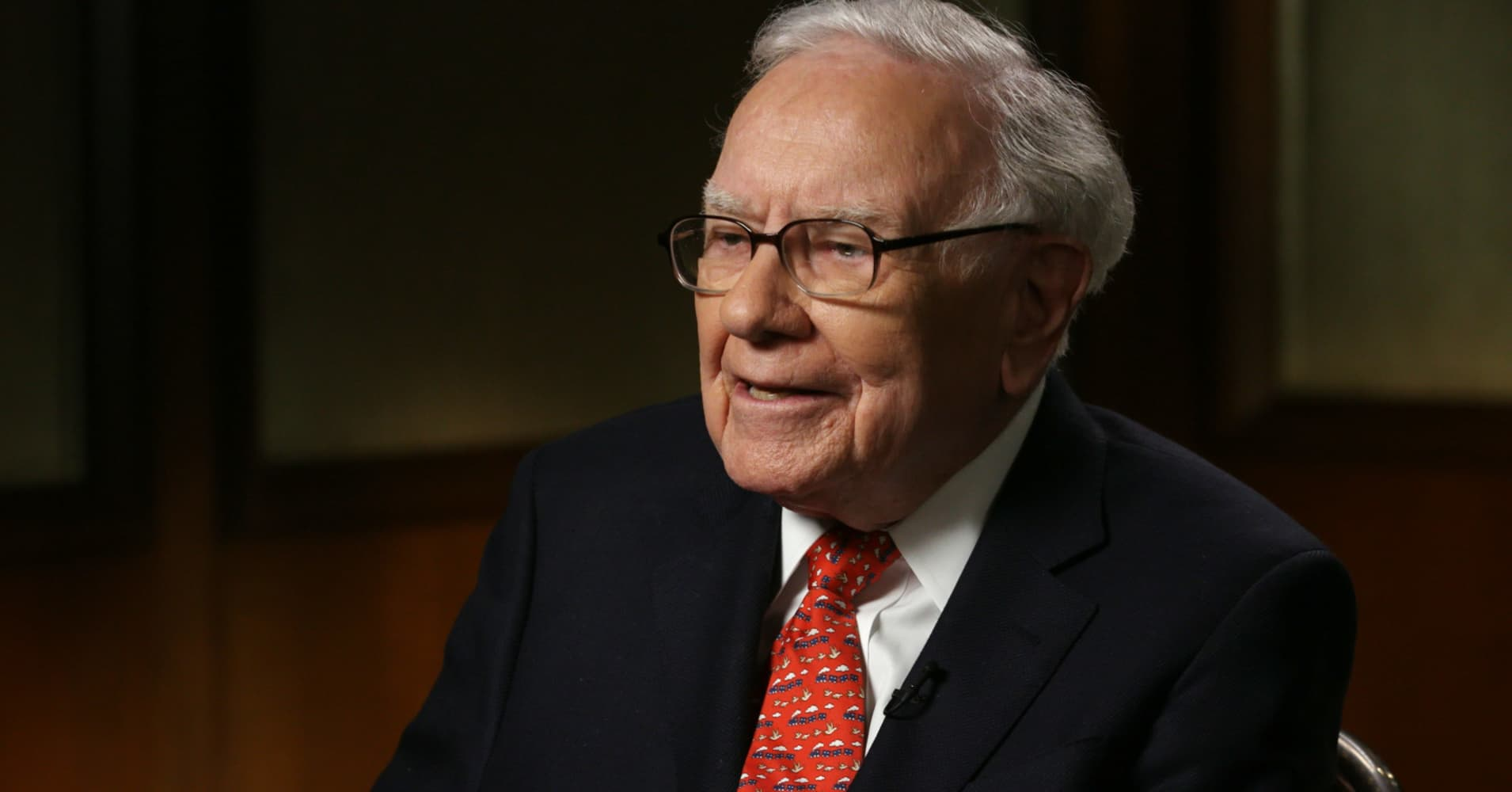 Warren Buffett explains why he doesn't fear stock market sell-offs, but welcomes them instead