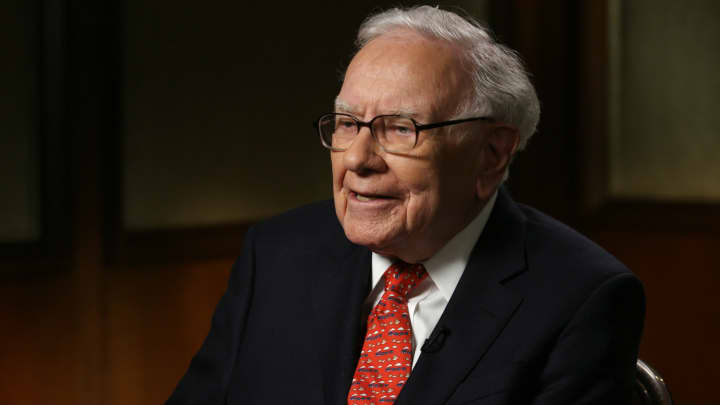 Warren Buffett speaks to CNBC's Andrew Ross Sorkin