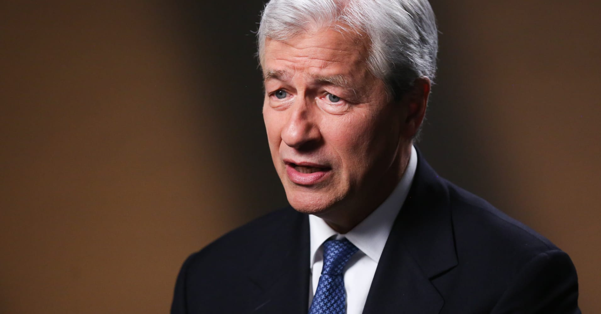 Jamie Dimon sounds warning about 'Geopolitical issues bursting all over the plac...