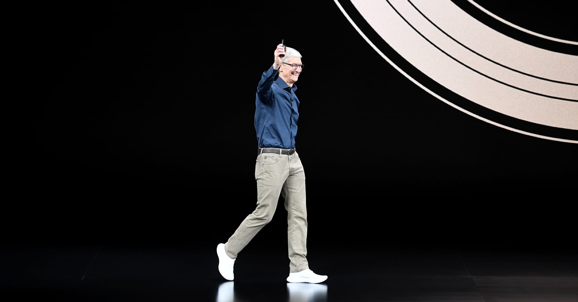 These are the Three Big Questions Facing Apple in 2019, Analyst Says
