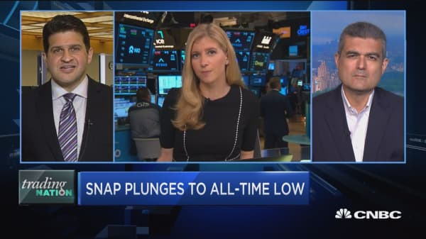Trading Nation: Snap plunges to all-time low