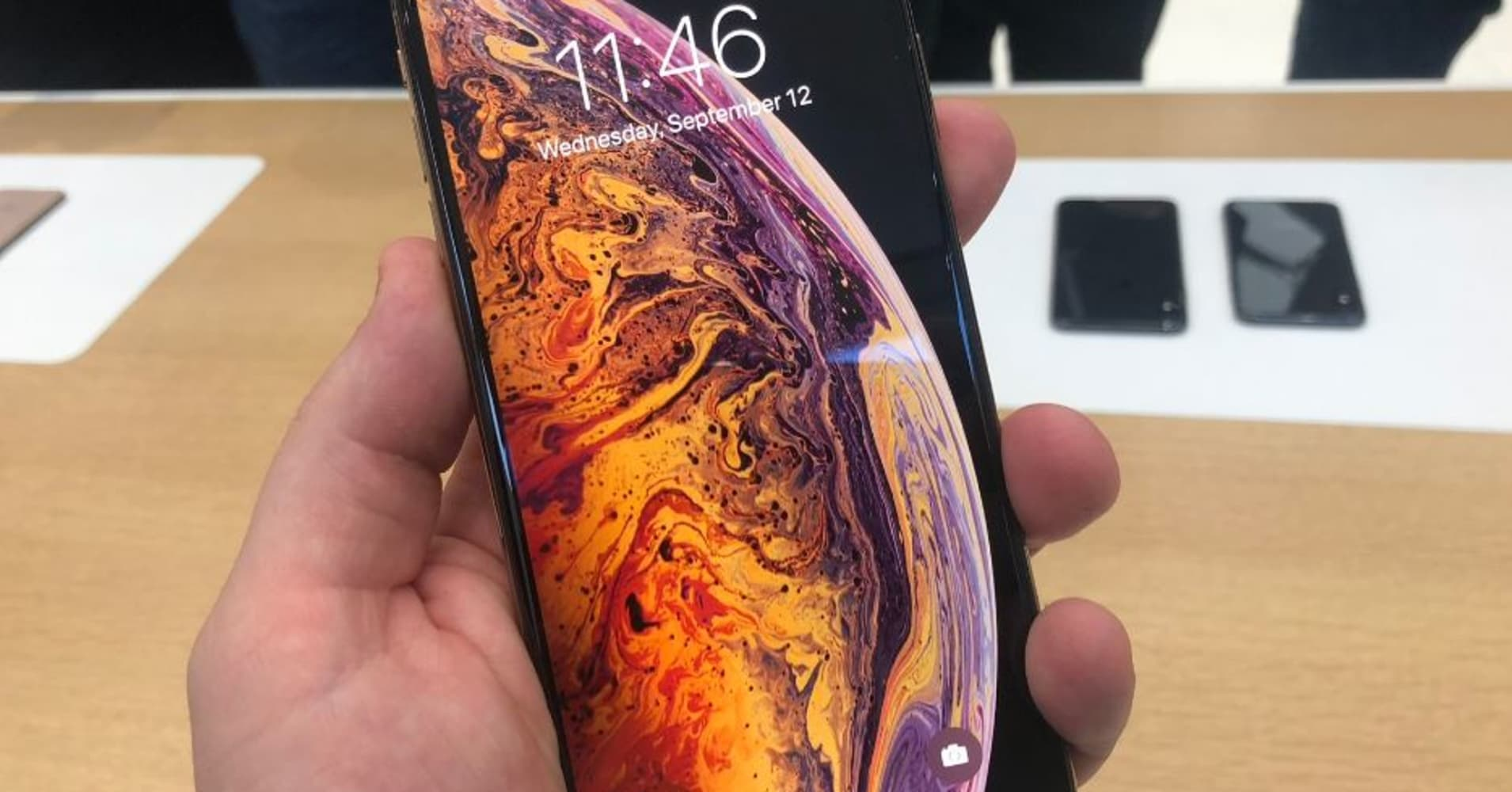 Analysts Impressed by Reception for New iPhones: 'Wow, We Did not Expect This...there were Lines'