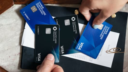 You could be overlooking this reason to pay with credit cards colourmoves