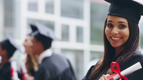 Suzy Welch: 4 reasons to get an MBA right now