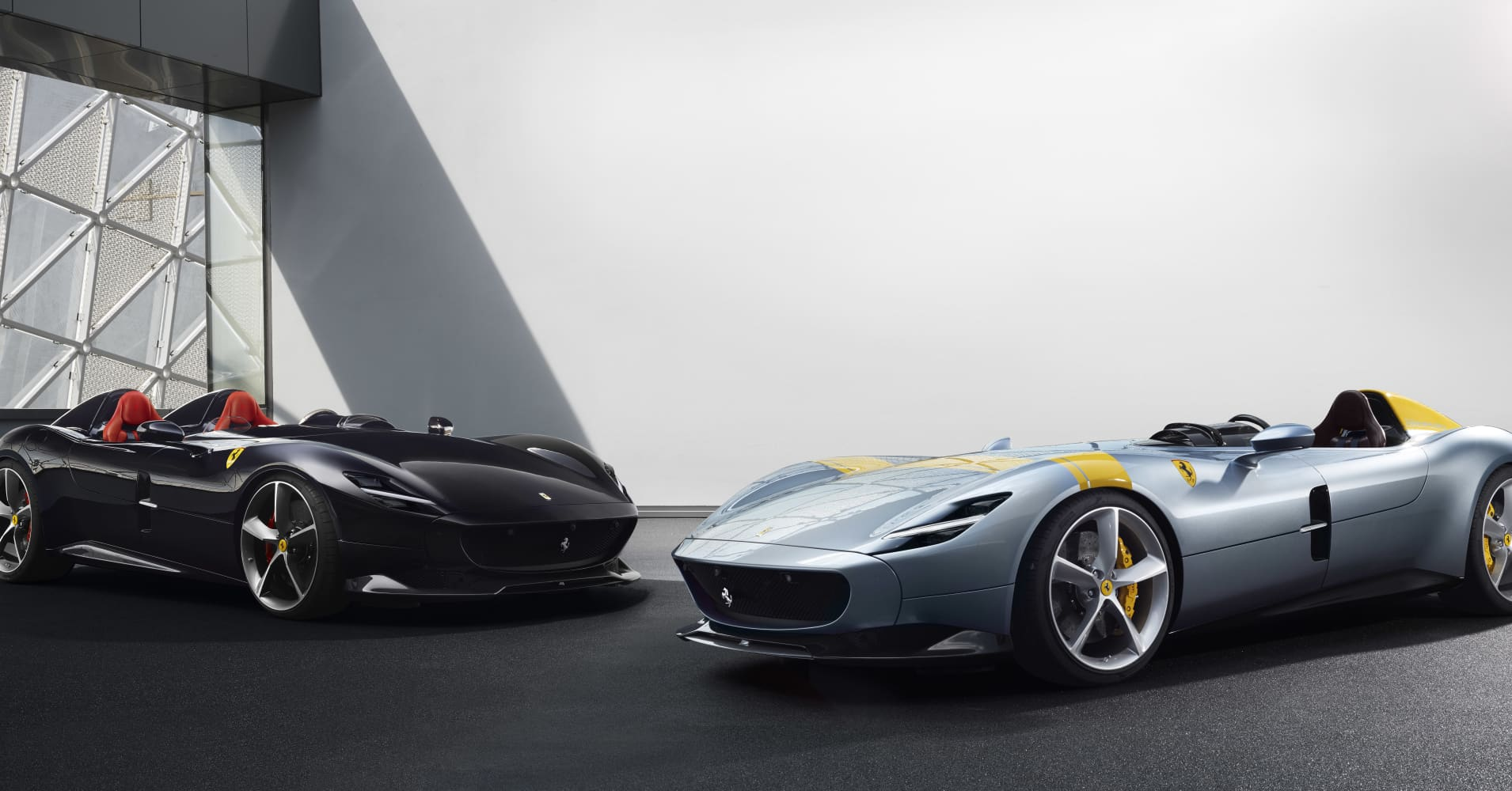 Photos Ferrari S Limited Edition Monza Sp1 Has No Windshield Or Roof