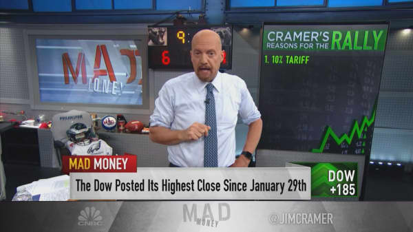 Cramer: Wall Street short-sellers are losing because they're overestimating the trade war