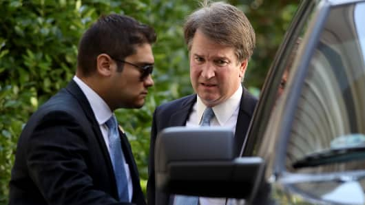 Supreme Court nominee Judge Brett Kavanaugh (R) leaves his home September 19, 2018 in Chevy Chase, Maryland. Kavanaugh is scheduled to appear again before the Senate Judiciary Committee next Monday following allegations that have endangered his appointment to the Supreme Court.