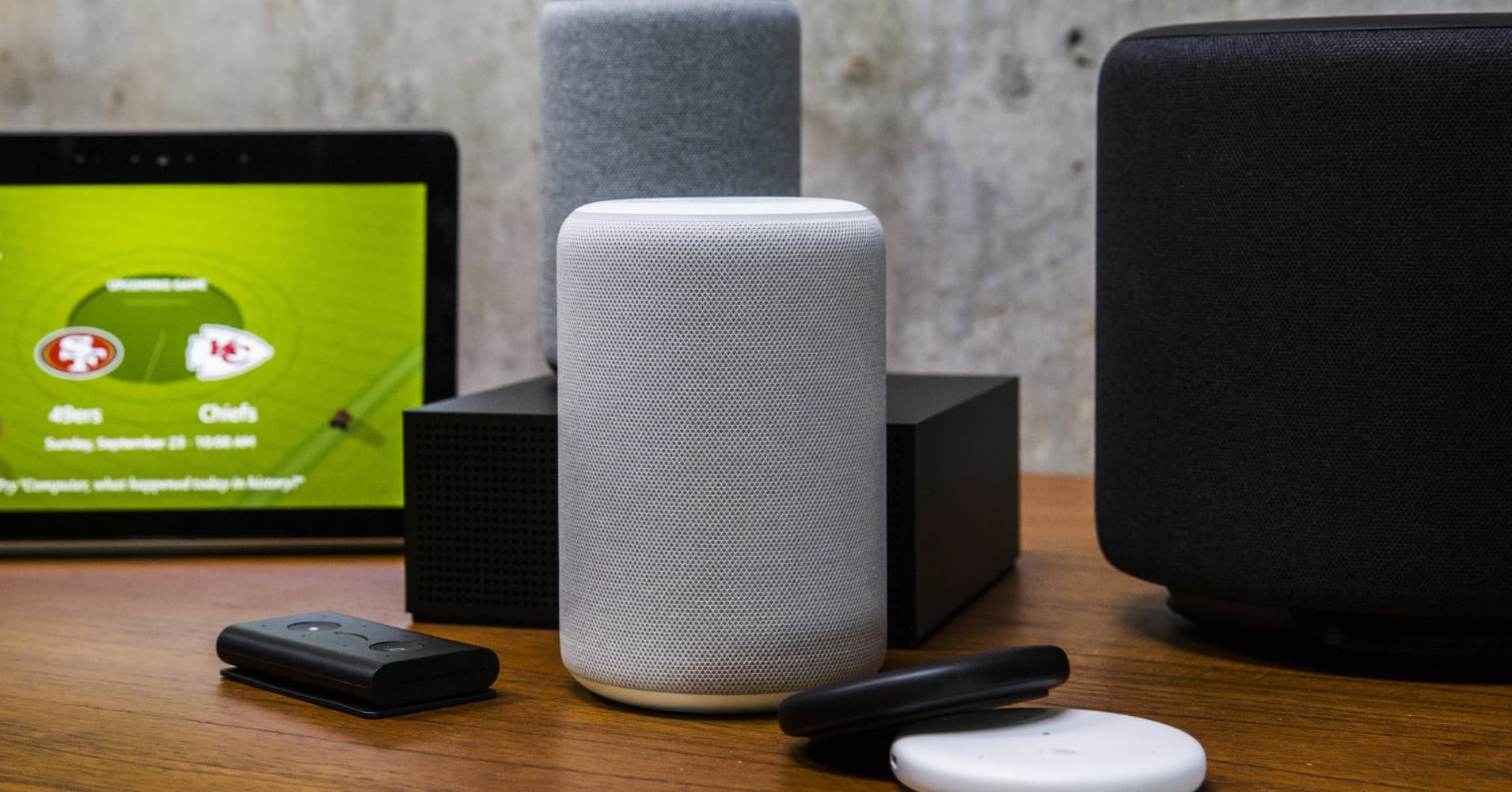 Here's how to choose between the Amazon Echo, Google Home and Apple HomePod