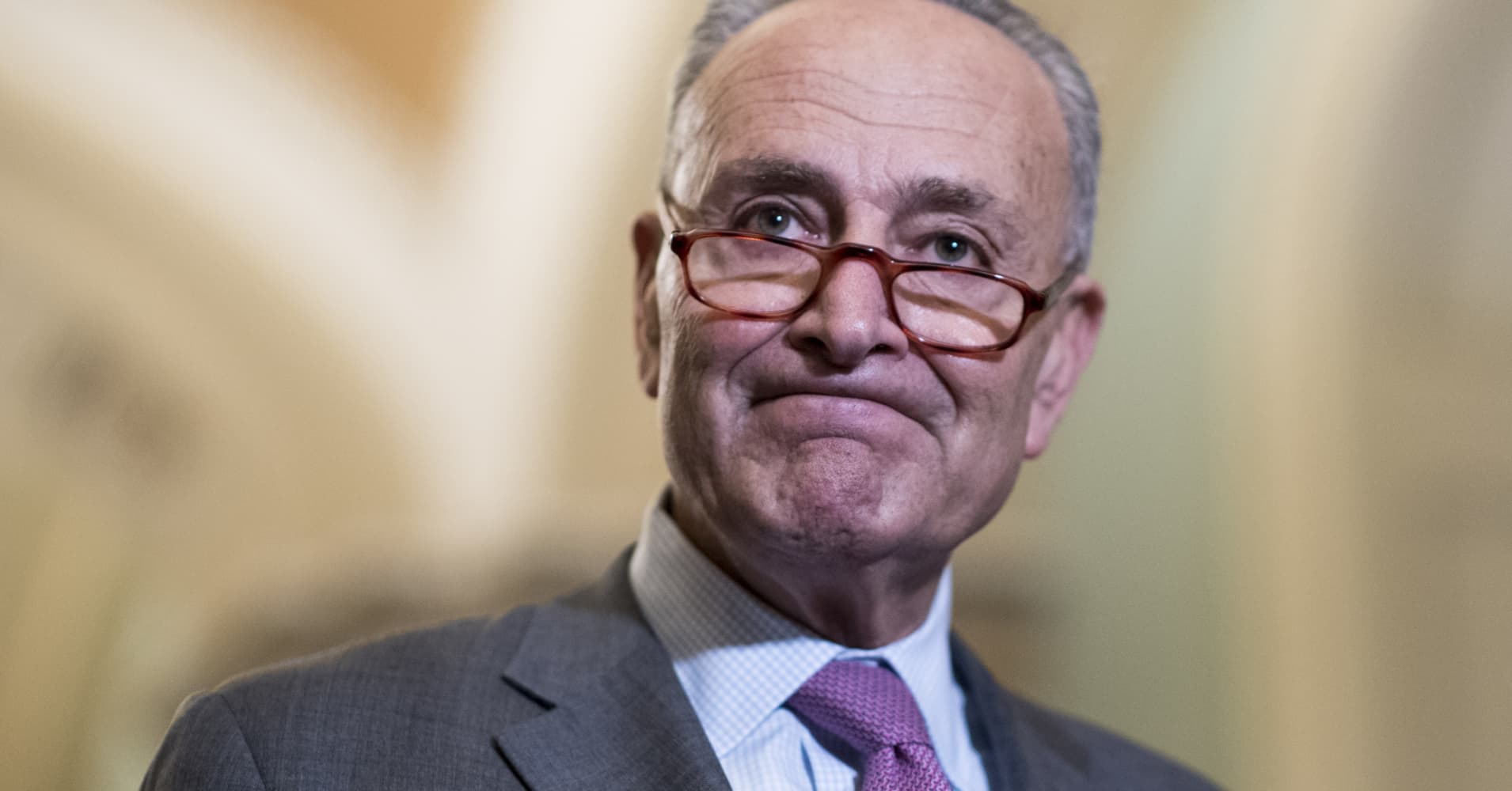 Senate Democrats fail to stop Trump from lifting Russia sanctions