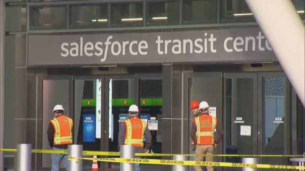 Crack in steel beam shuts down $2.2 billion San Francisco transit hub