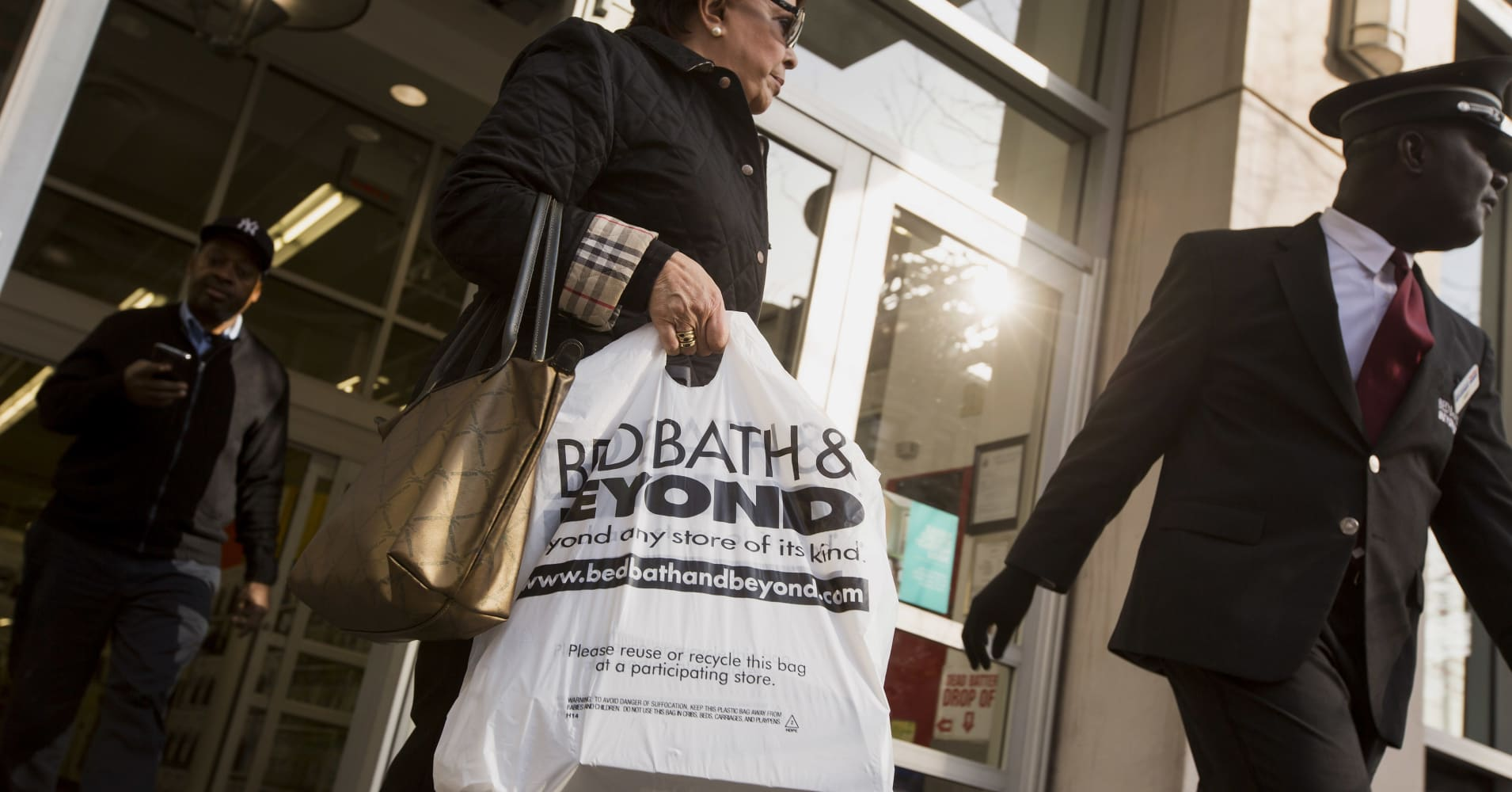 Why every US company has a stake in Bed Bath & Beyond's heated boardroom war