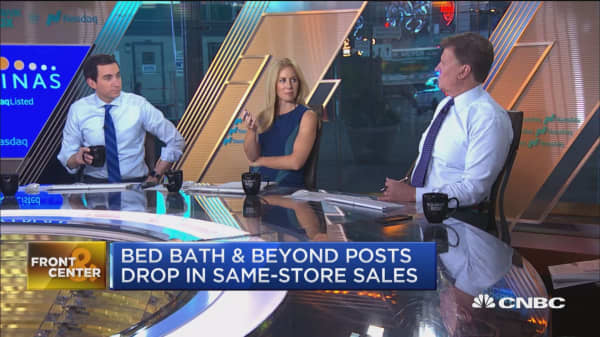 Bed Bath and Beyond posts drop in same-store sales