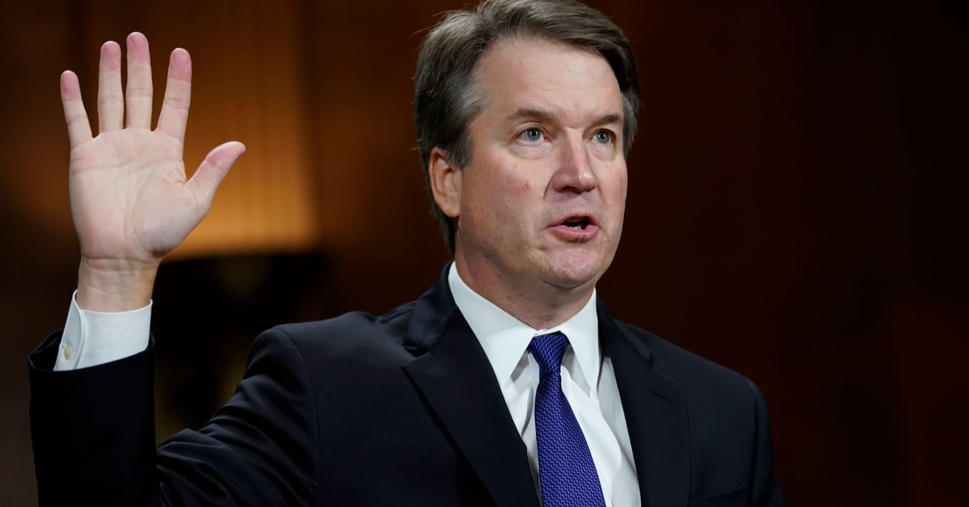 'Fully confident' White House receives FBI report on Kavanaugh