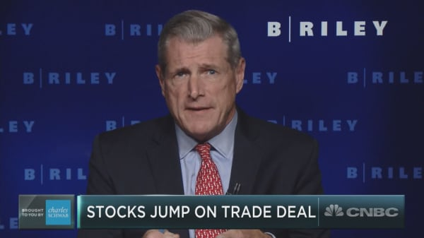 New North American trade deal is 'real good news' for U.S. stocks, veteran market watcher says