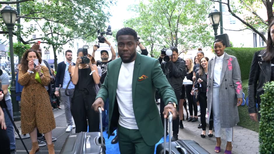 This is what Kevin Hart bought with his first big check
