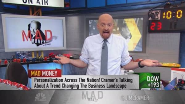 Cramer on SurveyMonkey IPO: 'I worry that it might be a dinosaur'
