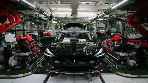 Tesla produced 80,142 vehicles in Q3