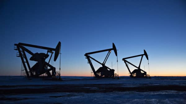 Oil capacity constraints should begin to ease by early 2019, says Goldman Sachs' Currie