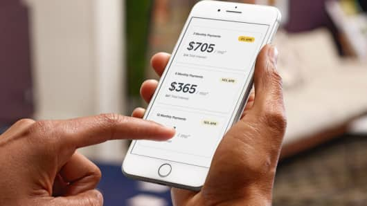 Square expands its bank-like offerings, letting sellers