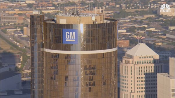 GM beats Tesla in Consumer Reports ranking of automated driving systems