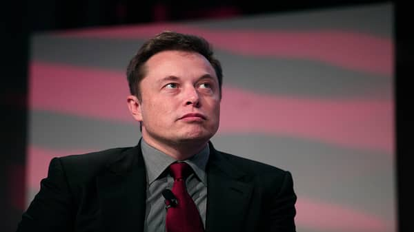 Elon Musk showing classic, extreme bipolar behavior and risk-tasking, says Jim Cramer
