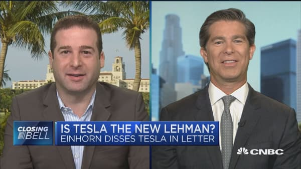 Greenlight's David Einhorn compares Tesla to Lehman Brothers