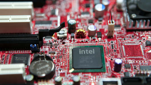 Intel Corp,'s 32nm Westmere Chip