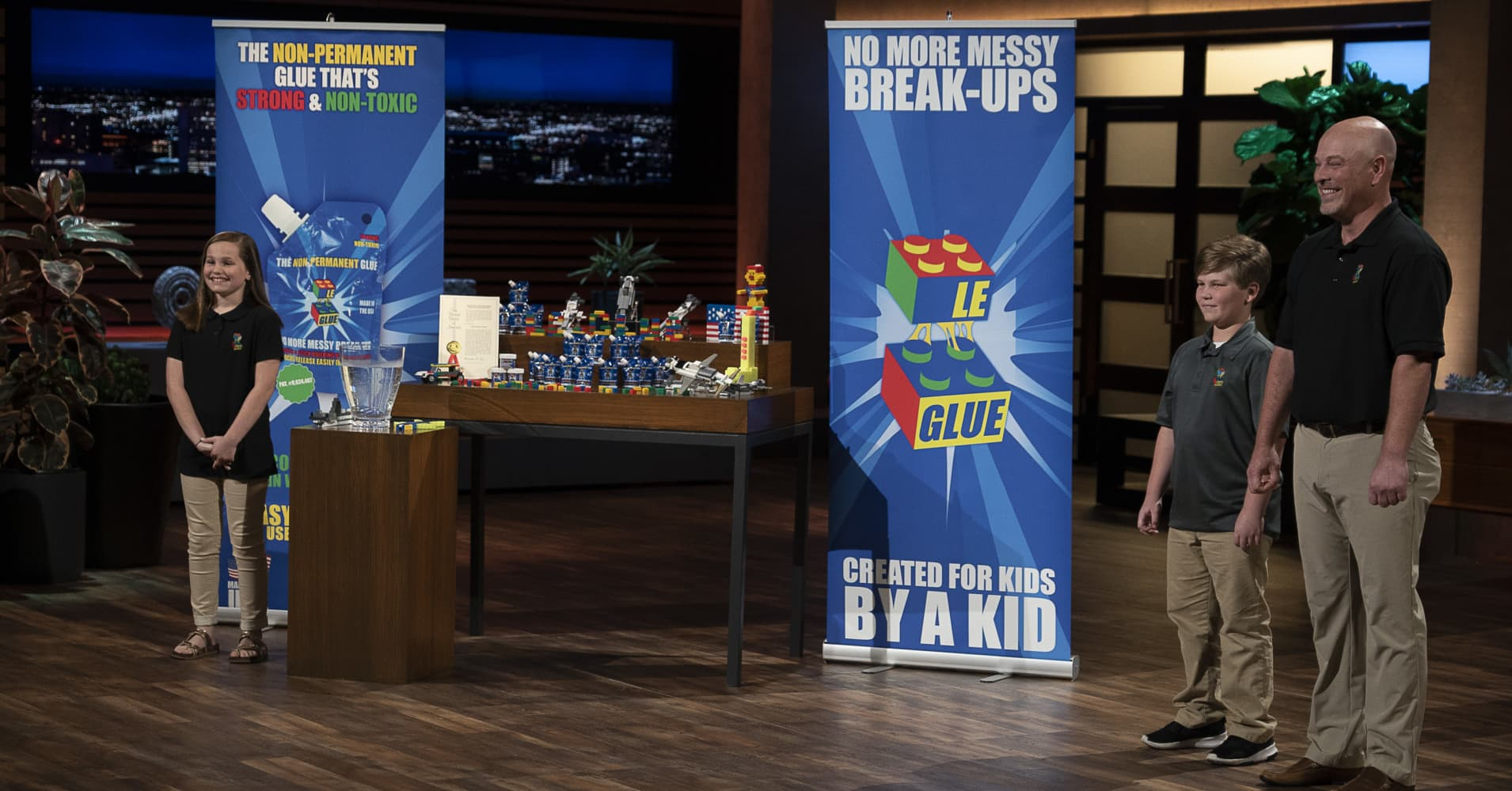 """Allee, Tripp and Lee Phillips' pitch of Le-Glue on ABC's """"Shark Tank."""""""