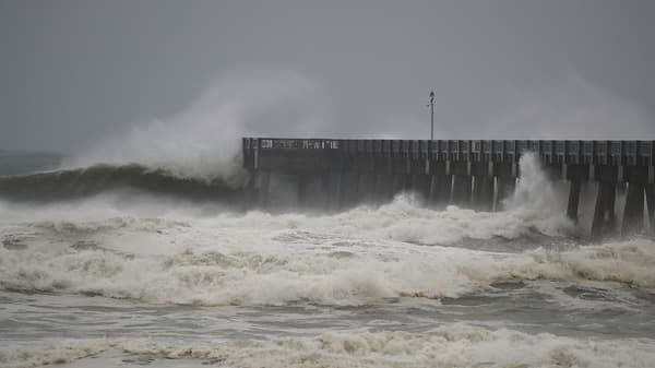 Hurricane Michael causes Gulf Coast residents to brace for impact