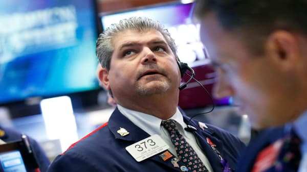 Wall Street sell-off set to continue at open