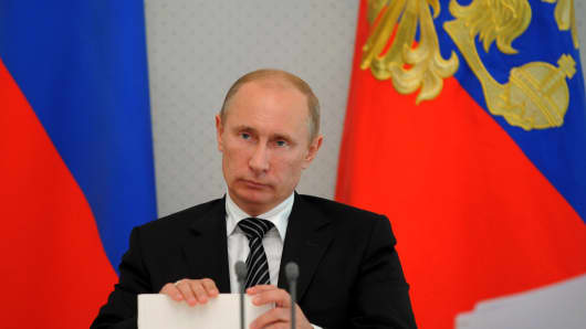 Russian  President Vladimir Putin chairs a meeting in the Bocharov Ruchei residence in Sochi on September 13, 2012.