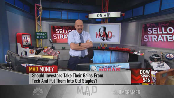 Cramer's sell-off strategy: Instead of consumer staples, start picking at tech