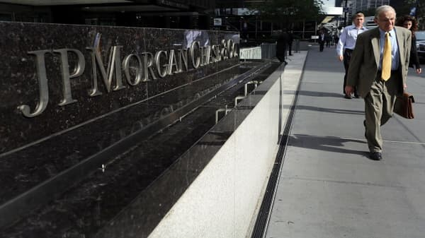 JP Morgan beats on top and bottom lines